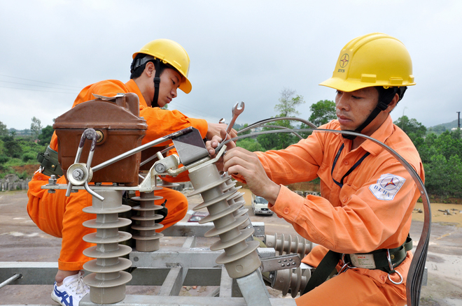 Đơn giản hóa các thủ tục cấp giấy phép lĩnh vực điện lực