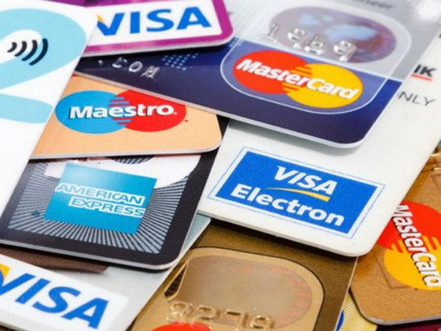 Cấp thẻ tín dụng cho người đủ 15 tuổi không có tài sản bảo đảm