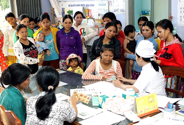 Hỗ  trợ người nghèo khám thai từ nguồn kinh phí sự nghiệp