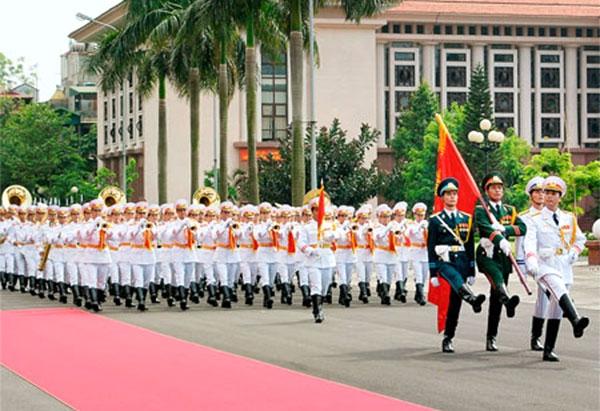 Trình tự, thủ tục phong, thăng, giáng, tước quân hàm đối với sĩ quan