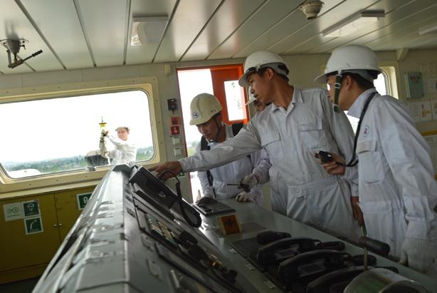 Tiêu chuẩn của đăng kiểm viên tàu biển