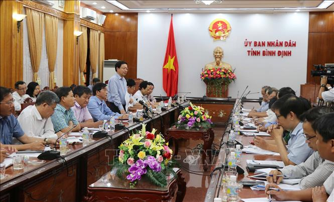 Thành phần và số lượng người tham dự cuộc họp trong cơ quan nhà nước