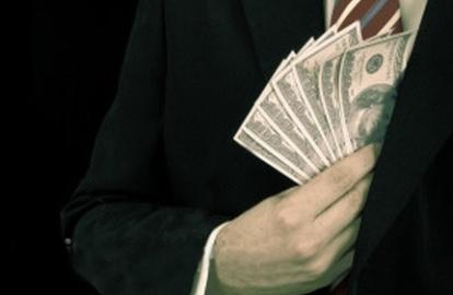 Kỷ luật sếp Nhà nước để cấp dưới tham nhũng