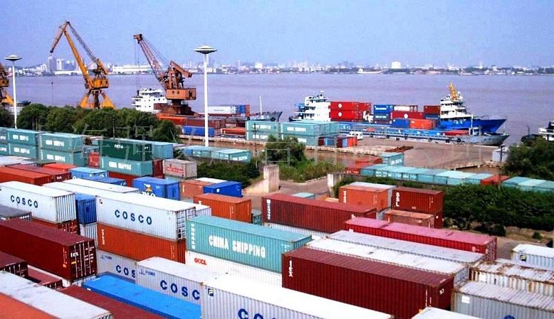 Bổ sung quy định ký chứng từ kế toán đối với hàng hóa xuất nhập khẩu