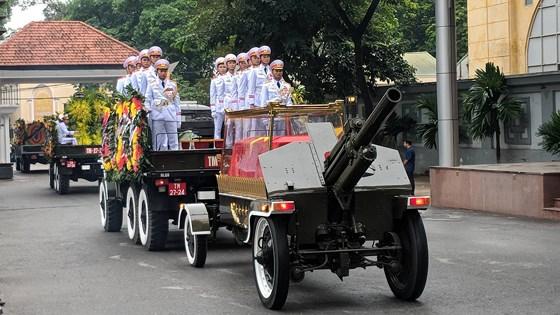 Yêu cầu về xăng dầu bảo đảm cho xe phục vụ lễ tang