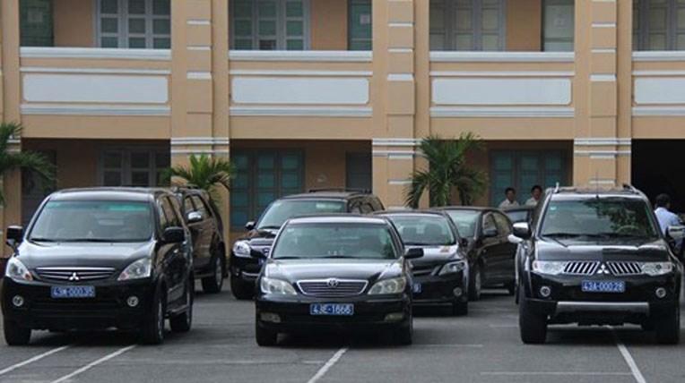 Chuyển nhượng ôtô ngoại giao, nộp thuế ra sao?