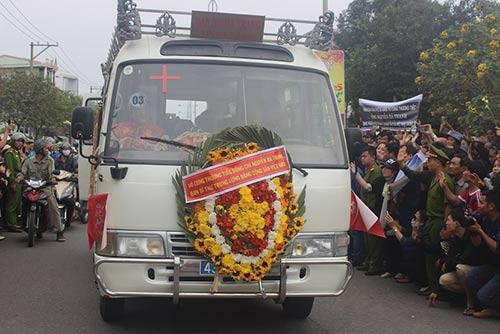 Xe ô tô phục vụ lễ tang được sử dụng không quá 15 năm
