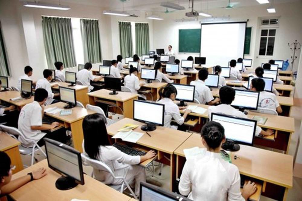 Quy định mới về điều kiện giảng dạy môn Tin học hệ cao đẳng
