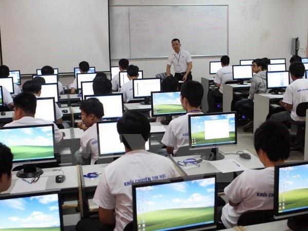 Thời gian giảng dạy môn Tin học hệ cao đẳng là 75 giờ