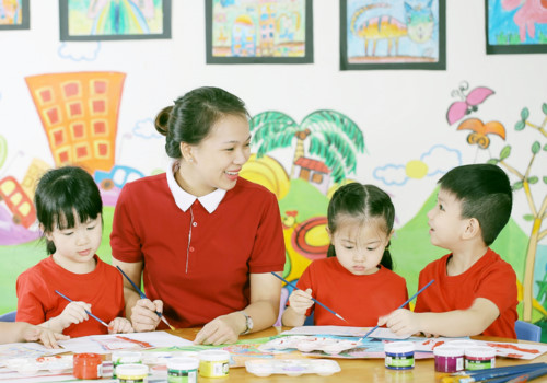 Giải đáp chế độ lương, phụ cấp đối với giáo viên mầm non năm 2019