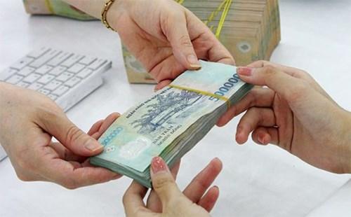 Lãi suất vay ngân hàng để mua tạm trữ thóc, gạo theo hợp đồng tín dụng