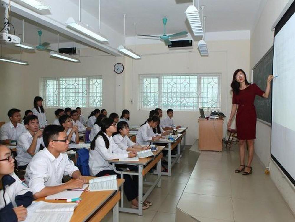Sắp tới, nhiều giáo viên cấp 1,2,3 phải có ngoại ngữ trình độ B2 trở lên