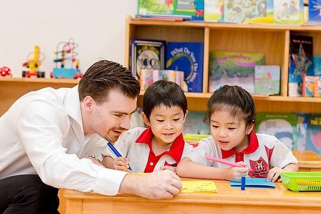 Tăng trần học phí tiểu học công lập tại Hà Nội lên mức 5,5 triệu đồng/tháng