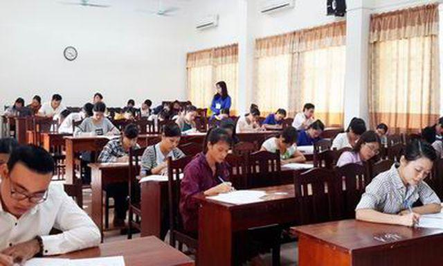 Sửa đổi quy định về tuyển dụng, thăng hạng, chuẩn ngoại ngữ, tin học của CBCCVC