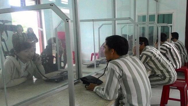 Phạm nhân chấp hành tốt Nội quy được kéo dài thời gian gặp thân nhân