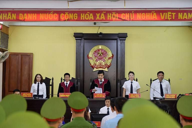 Nguyên tắc chung về áp dụng pháp luật khi xét xử