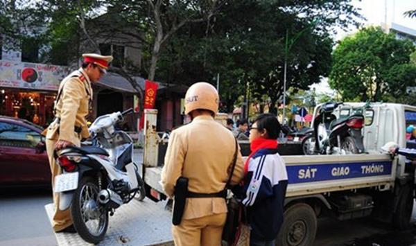 Toàn bộ mức phạt vi phạm mới đối với ô tô, xe máy từ 01/01/2020