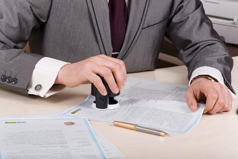 Các hành vi vi phạm trong hoạt động công chứng và mức phạt tương ứng
