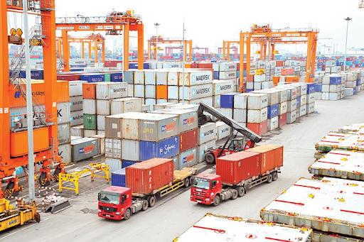 Doanh nghiệp nước ngoài có được kinh doanh tạm nhập, tái xuất tại Việt Nam?