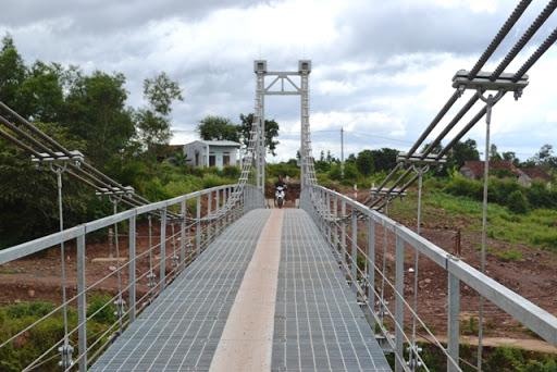 Quy định về tải trọng và tác động để thiết kế kết cấu cầu treo dân sinh