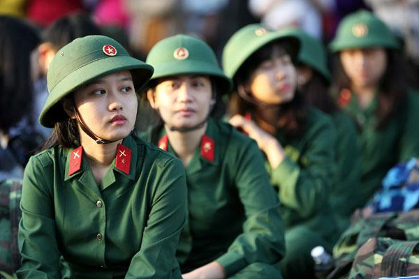 Nghĩa vụ quân sự 2020: Điều kiện để công dân nữ được nhập ngũ