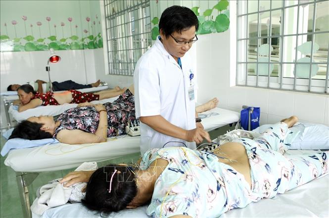 Quy trình kết hợp y học cổ truyền với hiện đại tại cơ sở khám bệnh