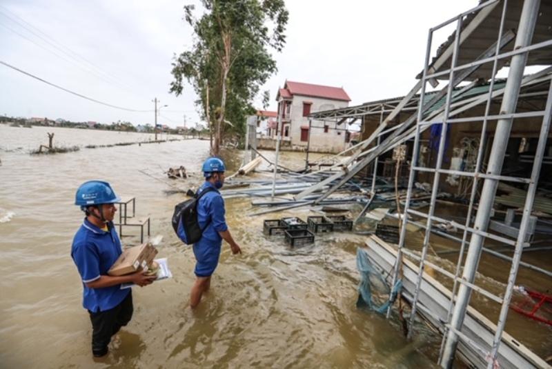 Sau bão, DN có được quyền yêu cầu NLĐ làm thêm giờ không?