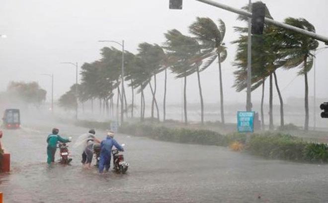 Nghỉ làm do bão lũ, người lao động vẫn được trả lương