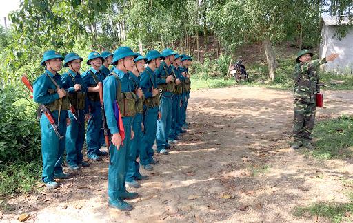Thông tư 16/2020/TT-BQP: Kéo dài thời hạn tạm đình chỉ công tác quân đội