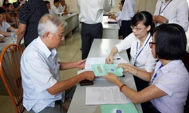 Từ năm 2021, người lao động bị bệnh hiểm nghèo có được nghỉ hưu sớm?