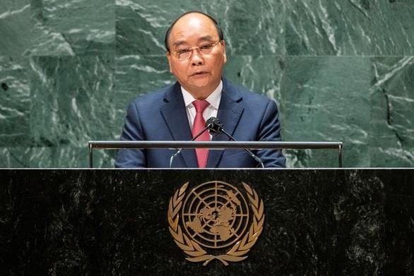 Chủ tịch nước Nguyễn Xuân Phúc thúc giục hợp tác quốc tế về vắc xin ngừa COVID-19