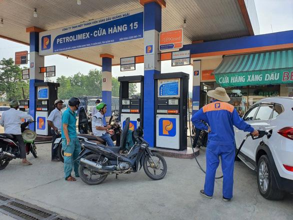 Xăng dầu các loại tăng hơn 500 đồng/lít