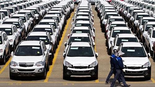 GM nhập khẩu khoảng 25% lượng xe bán tại Mỹ. Ảnh: CNBC