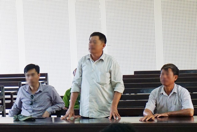 Thân nhân các lao động tại phiên tòa.