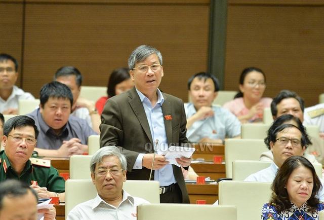 Đại biểu Nguyễn Anh Trí: Bộ trưởng có yên tâm với biện pháp quản lý đất tại các địa phương có đặc khu hiện nay?.