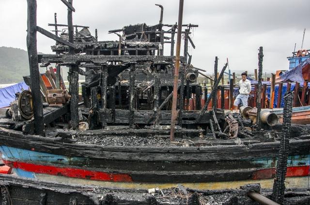 Phần lớn nguyên nhân cháy tàu cá là do chập điện