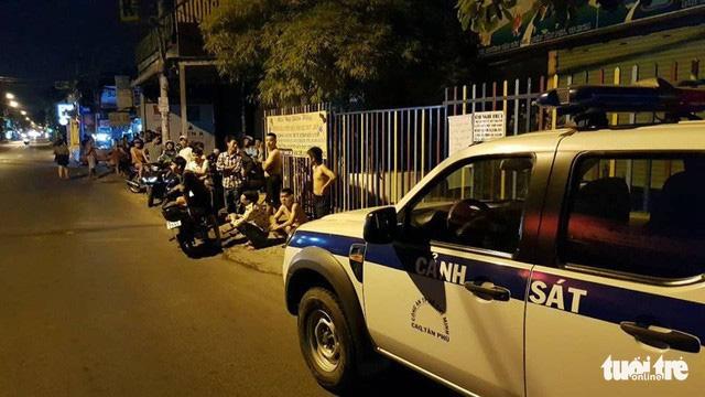 Thanh niên bị bắn ở Tân Phú liên quan việc chia tay người tình 70 tuổi - Ảnh 1.