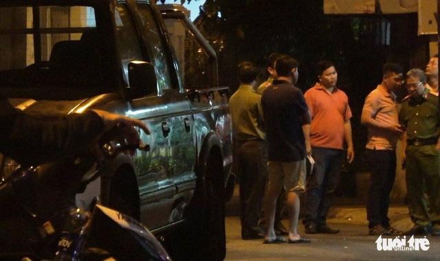 Thanh niên bị bắn ở Tân Phú liên quan việc chia tay người tình 70 tuổi - Ảnh 2.