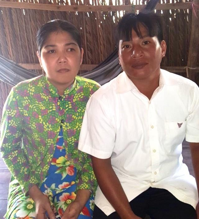 Ông Châu và vợ.