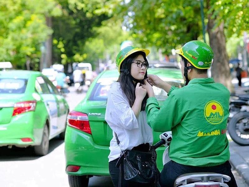 DN Việt đua nhau cạnh tranh với Grab - ảnh 1