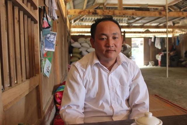 Trưởng bản Thào A Thái kể về tình trạng ma túy hoành hành ở bản làng.