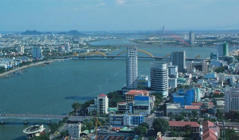 Đà Nẵng 'bao' BHYT cho 3.000 người 'vác tù và hàng tổng' - ảnh 1