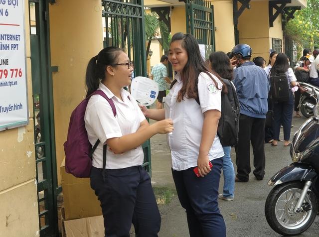 Lãnh đạo Sở GD-ĐT TPHCM cho rằng học sinh vùng ven điểm thấp do giáo viên dạy chưa đổi mới phương pháp dạy