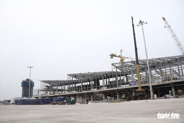 Bay thử ở sân bay Vân Đồn, dự kiến khai thác từ tháng 10 - Ảnh 1.
