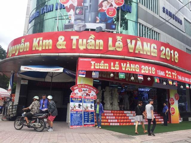 """Việc xử lý mạnh tay của Cục Thuế TPHCM đối với Nguyễn Kim sẽ là bài học """"đắt giá"""" cho các doanh nghiệp cố tình làm trái quy định. Ảnh: Đại Việt"""