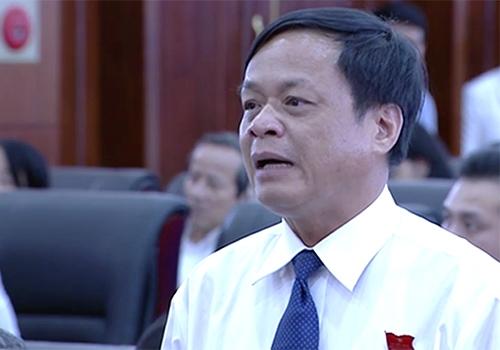 Ông Võ Ngọc Đồng - Giám đốc Sở Nội vụ Đà Nẵng phát biểu tại kỳ họp. Ảnh: M.H.
