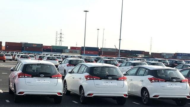 Toyota có các mẫu Yaris và Wigo mới...