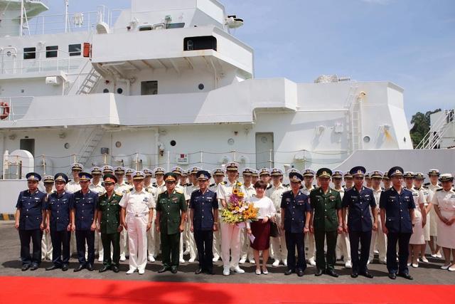 Lễ đón đoàn tàu của Lực lượng Bảo vệ bờ biển Nhật Bản thăm hữu nghị Đà Nẵng tại Cảng Tiên Sa sáng 24/7