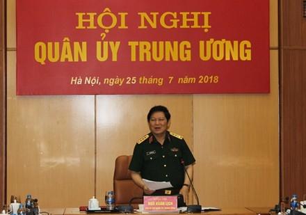 Đại tướng Ngô Xuân Lịch, Uỷ viên Bộ Chính trị, Bộ trưởng Bộ Quốc phòng chủ trì Hội nghị.