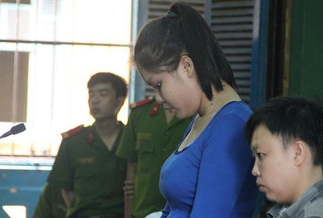 Nguyễn Thị Lượm tại phiên tòa sơ thẩm ngày 12/10/2015. Ảnh: Tân Châu.